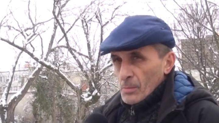 """SPRDA SE SA VUČIĆEM NA TV: """"Pre nego što legnem, pogledam u predsednika, imam ga u garaži, kupatilu..."""" 3"""