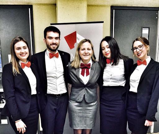 UMESTO STARLETA I KRIMINALACA: Srpski studenti dokazali da su najpametniji na svetu 1