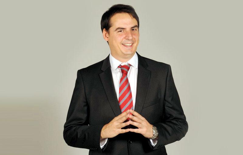 KESIĆ DOBIO 60 000 EVRA: Diktator Vučić i lažna opozicija, N1 i PINK rade isto, KRIJU ISTINU OD NARODA! 1