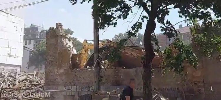 (VIDEO) NOVO RUŠENJE BEOGRADA: Stradalo pozorište, naprednjci sve ruše, ostaviće samo stranačke kancelarije! 1