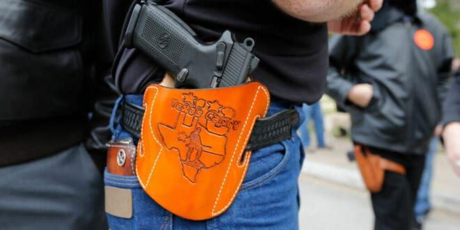U Teksasu usvojen zakon kojim se dozvoljava nošenje oružja na javnim mestima, čak i bez dozvole! 1