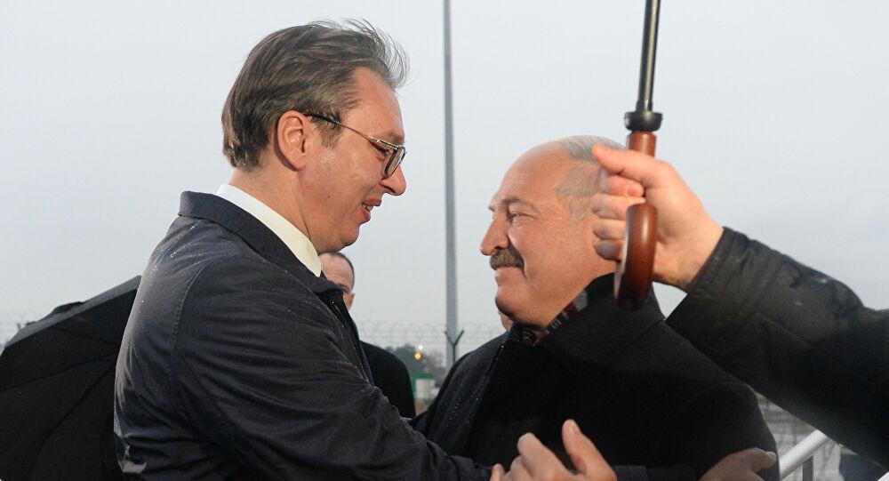 VUČIĆ BEZOBRAZAN KAO ULIČNA DŽUKELA: Uveo sankcije Belorusiji i Lukašenku, pa mu čestitao nacionalni praznik! 1