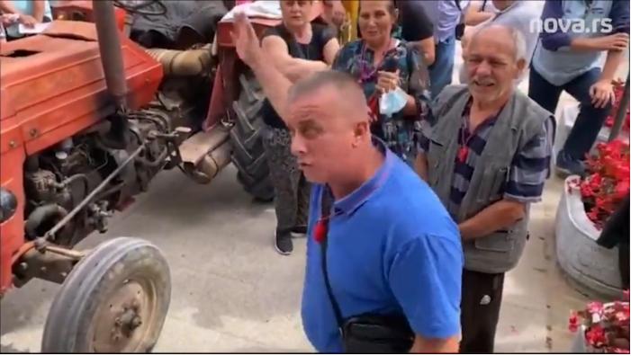 """SRBI IZ BUJANOVCA OTKAZALI POSLUŠNOST: """"Država nas ne jebe, Vučić prodaje labadaba maglu!"""" (VIDEO) 3"""