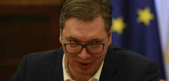 PLAN JE SLUDETI LJUDE: Navodni patriota Vučić, vodi politiku LDP! 1