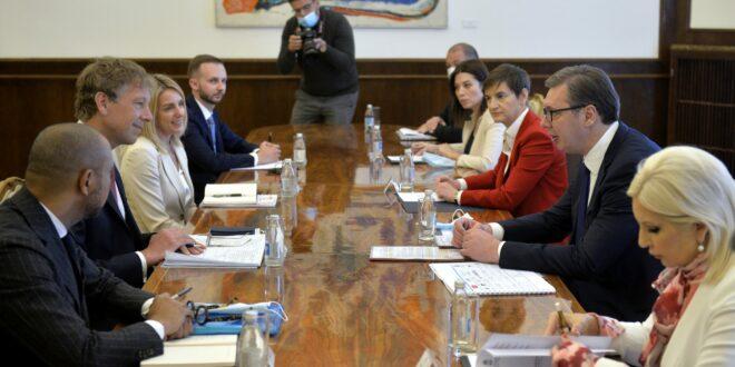 Kako sumanuti diktator za pola milijarde evra mita vrši genocid nad delom teritorije Srbije i njenih građana 1