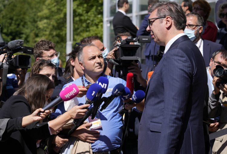 LUDI FAHRIJEV SIN IMA NAPADE PARANOJE: Vučić govori da opozicija radi protiv zemlje! 1