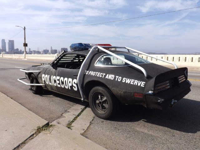 """The slogan """"To Protect and Swerve"""" turned out to be appropriate for Keith Kramer and Rob Krider's reality TV ride. They had the tail wagging in every corner."""