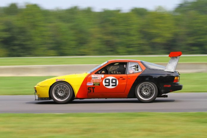 Eric Kuhns drove his V8-powered Porsche 944 to a second-place finish in Super Touring 2.