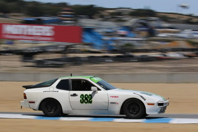 Simon Peck battled SoCal standout Jim Hicks on his way to a second-place finish in 944 Spec.