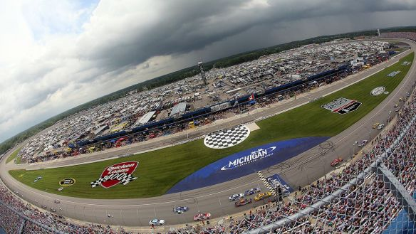 081415-nascar-Michigan-International-Speedway-pi-mp.vresize.1200.675.high.75