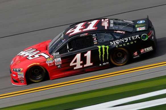 Kurt_Busch-On-Track_Gallery