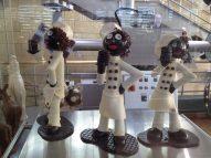 """Frühe Schokoformen im Schokoladenmuseum in Köln sind gern auch mal etwas """"Klischeehaft"""", um es harmlos auszudrücken."""