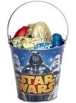 Metalleimer mit Star Wars-Motiv Ostereiern aus Schokolade gefüllt (152 Gramm).