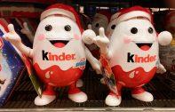 Überraschungsei als weihnachtliche Spardose Ferrero