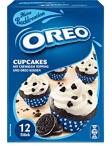 Oreo gehört bekanntlich auch - wie so viele große Marken - zu Mondelez und auch von Oreo gibt es verschiedene Kuchenbackmischungen wie diese Cupcake in einer wirklich schönen, schlicht-blauen Verpackung mit einer großen, attraktiven Produktabbildung.