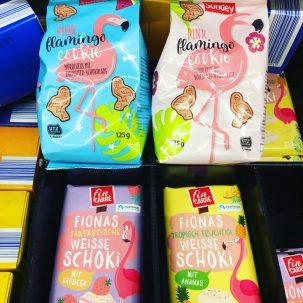 Flamingos Kekse von Sondey und Schokolade von fin Carre bei Lidl