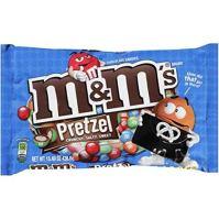 M&M mit Brezelstückchen im Inneren.