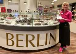 Viba Confiserie Berlin Carola Langer Filialleiterin