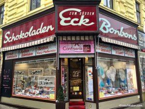 Zum Süßen Eck Wien Ladengeschäft außen Schokoladen Bonbons