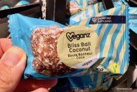 veganz blisveganz bliss ball coconut riegels ball coconut riegel