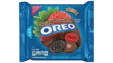 Oreo Strawberry Chocolate Special Edition