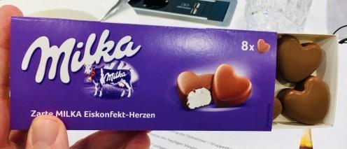 Mondelez Milka Eiskonfekt in Herzform