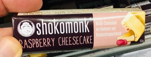 Shokomonl Rasberry Cheesecake
