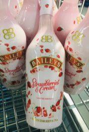 Baileys Strawberry+Cream (Aldi Nord Juni 2019). Überraschend teuer mit über 16 Euro pro Flasche.