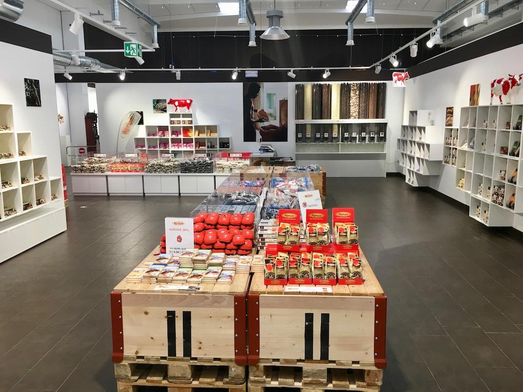 Alprose Lugano Schokoland Shop