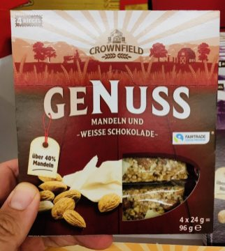 Lidl Crownfield Genuss Mandeln und Weiße Schokolade 4 x 24 Gramm