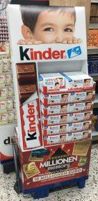 Ferrero Kinder Schokolade Display Zweitplatzierung