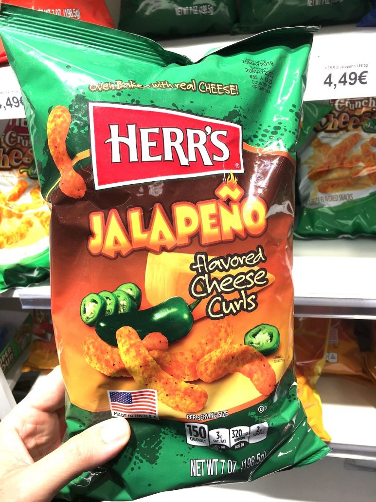 Herr's Jalapeno flavored Cheese Curls 198 Gramm