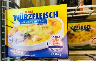 LeRo Food Feines Würzfleisch Schwein-Geflügel 165 Gramm Tiefgefroren in Backförmchen