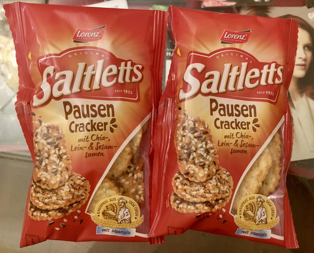 Lorenz Saltletts Pausen-Cracker mit Chia- Lein- und Sesamsamen mit Meersalz