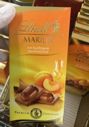 Lindt Marille mit fruchtigem Marillenbrand Schokolade
