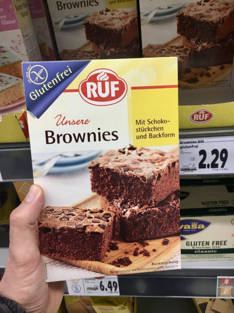 RUF Backmischung Unsere Brownies mit Schokostüclchen und Backform