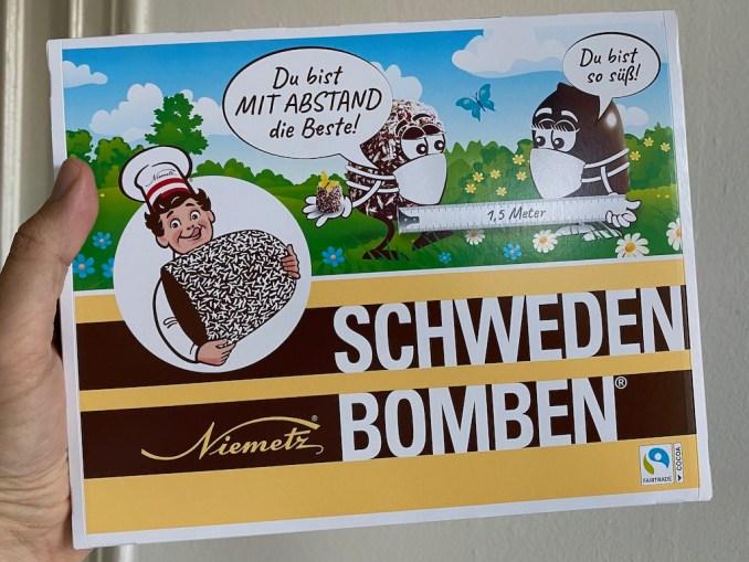 Niemetz Schwedenbomben mit Mundschutz