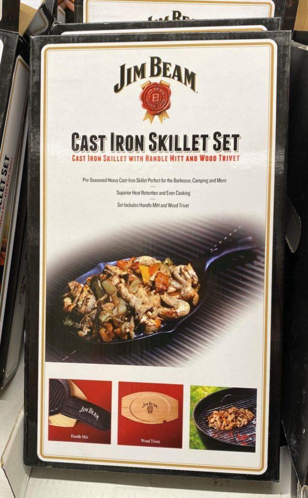 Jim Beam Cast Iron Skillet Set Grillpfanne mit Brettchen