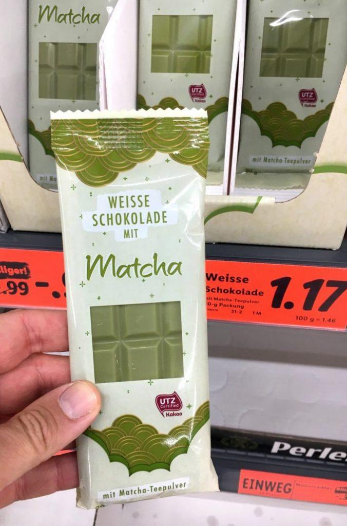 Lidl Weiße Schokolade mit Matcha-Teepulver