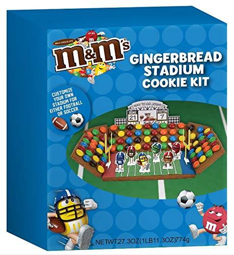 M+M Gingerbread Stadium Cookie Kit 774G