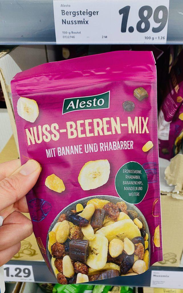 Lidl Bergsteiger Nuss-Beeren-Mix mit Banane und Rhabarber