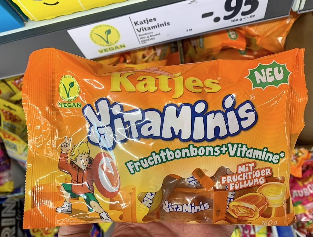 Katjes VitaMinis Fruchtbonbons+Vitamine mit fruchtiger Füllung Nimm2-Imitat 160G
