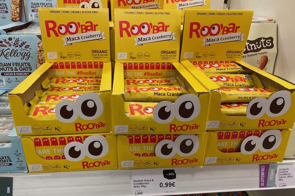 Roo'Bar Maca Cranberry Display