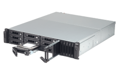 The QNAP TVS-1582TU finally revealled The Thunderbolt 3 Rackmount SSD