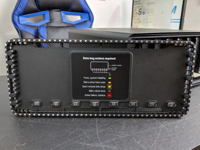 Drobo 8D Review - NAS Compares