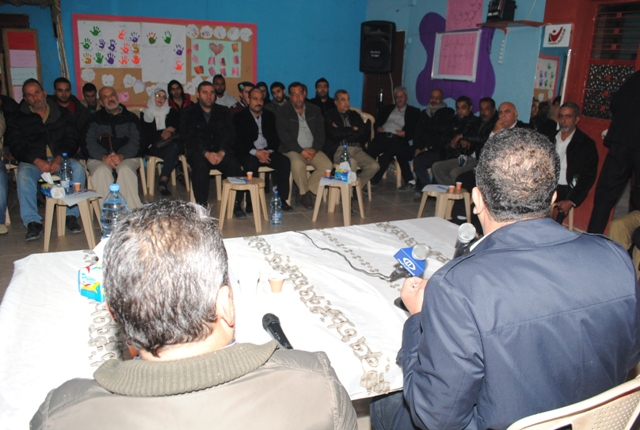 مروان عبد العال ضيف طاولة  الحوار في جمعيّة ناشط في عين الحلوة: