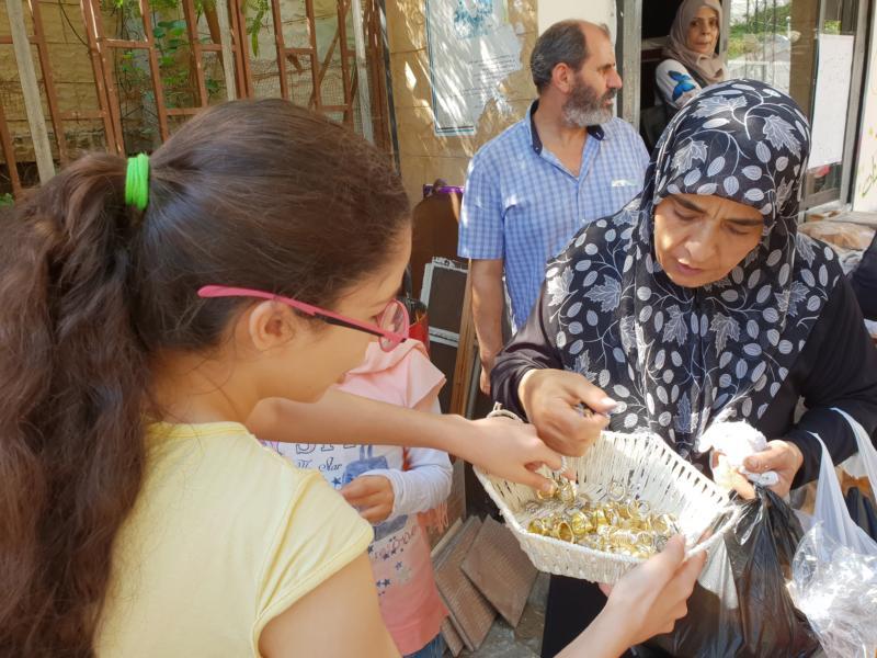 كشافة ناشط وشعلة ناشط يستقبلون عيد الفطر السعيد بطريقتهم الخاصة في مخيم عين الحلوة