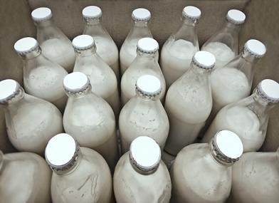 Кефир в бутылках