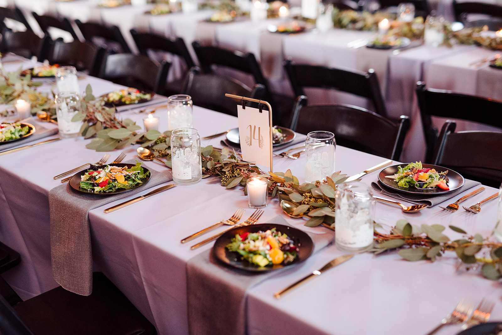 Wedding tablescape: Nashville wedding at Clementine featured on Nashville Bride Guide