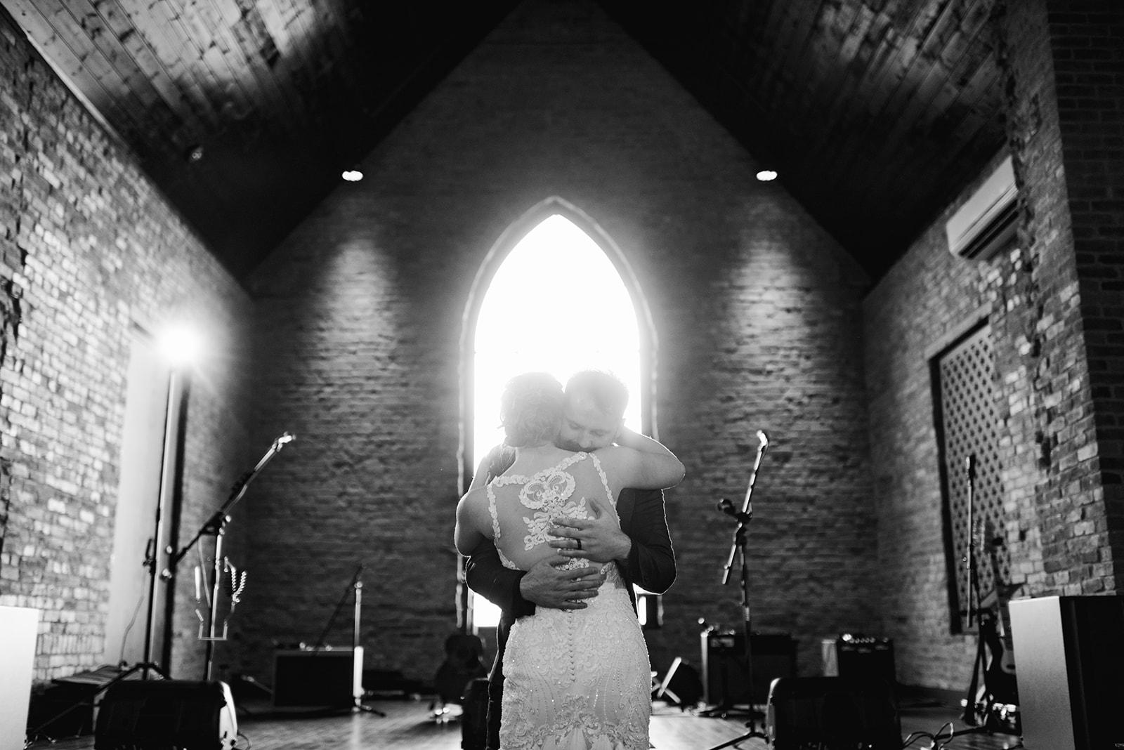 Wedding first dance: Nashville wedding at Clementine featured on Nashville Bride Guide